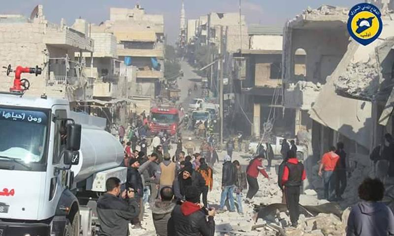 آثار القصف على مدينة معرة النعمان في إدلب_11 كانون الاول_(الدفاع المدني)