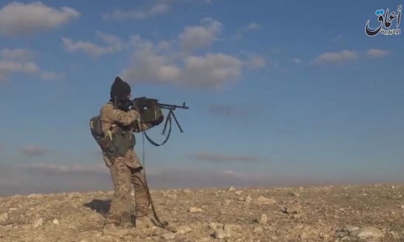 عنصر من تنظيم الدولة الإسلامية في ريف حمص الشرقي_(أعماق)