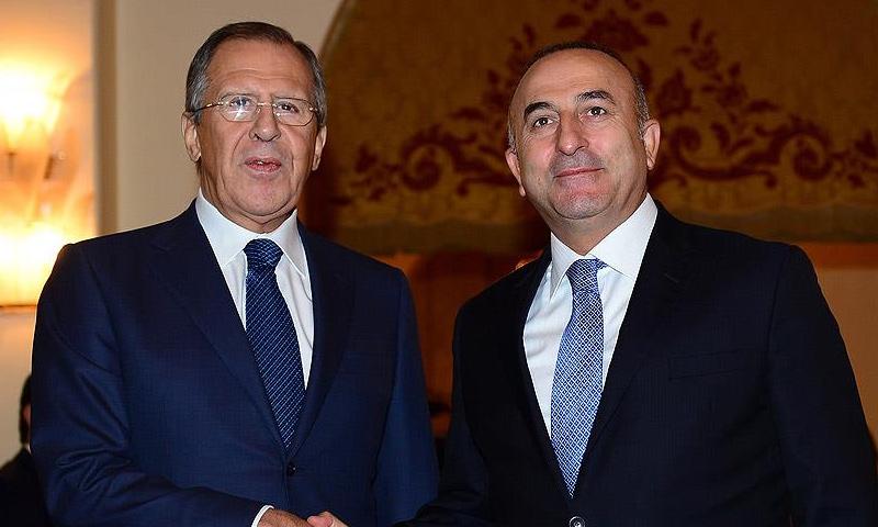 وزيرا الخارجية الروسي سيرغي لافروف، والتركي مولود جاويش أوغلو (إنترنت)