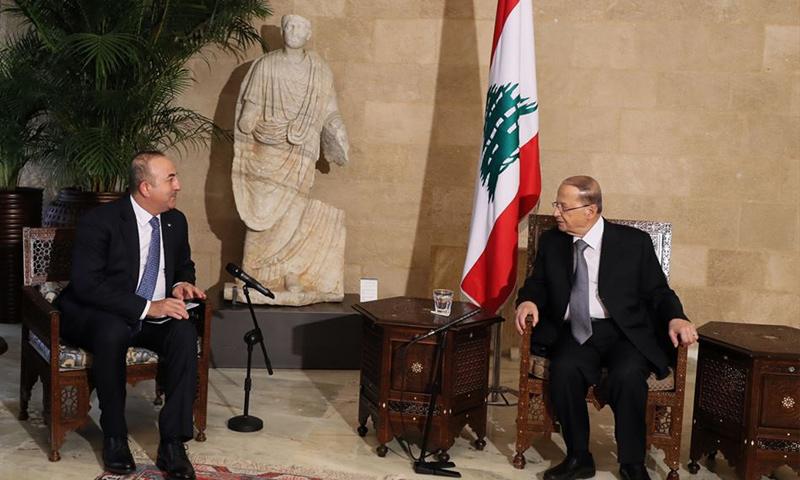 الرئيس اللبناني ميشال عون مع وزير الخارجية التركي مولود جاويش أوغلة_2 كانون الأول_(تويتر)