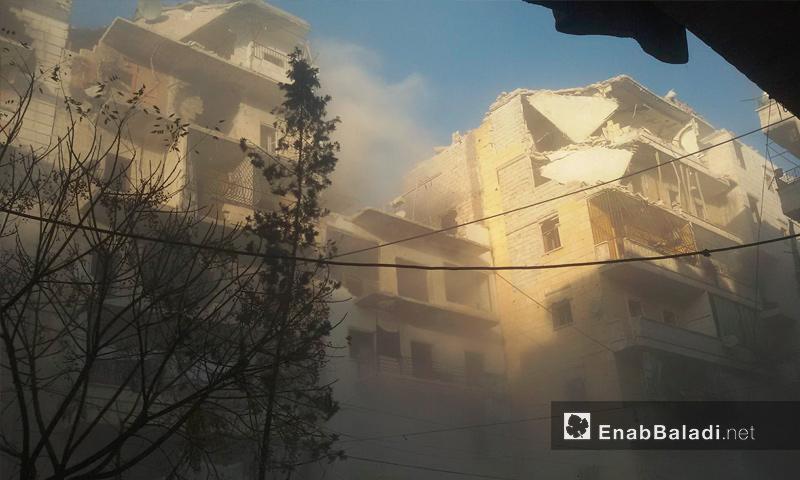 آثار القصف على حي الصالحين في حلب - 7 كانون الأول (عنب بلدي)