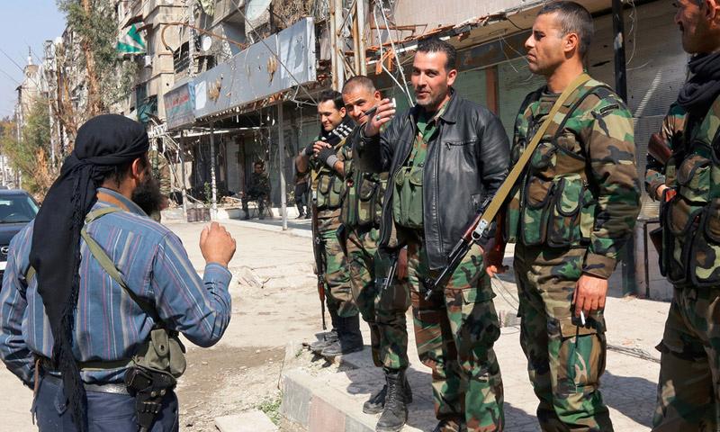 """بلدة """"بيت سحم"""" جنوب دمشق خلال عمليات التفاوض على المصالحة مع النظام - 2015 (إنترنت)"""
