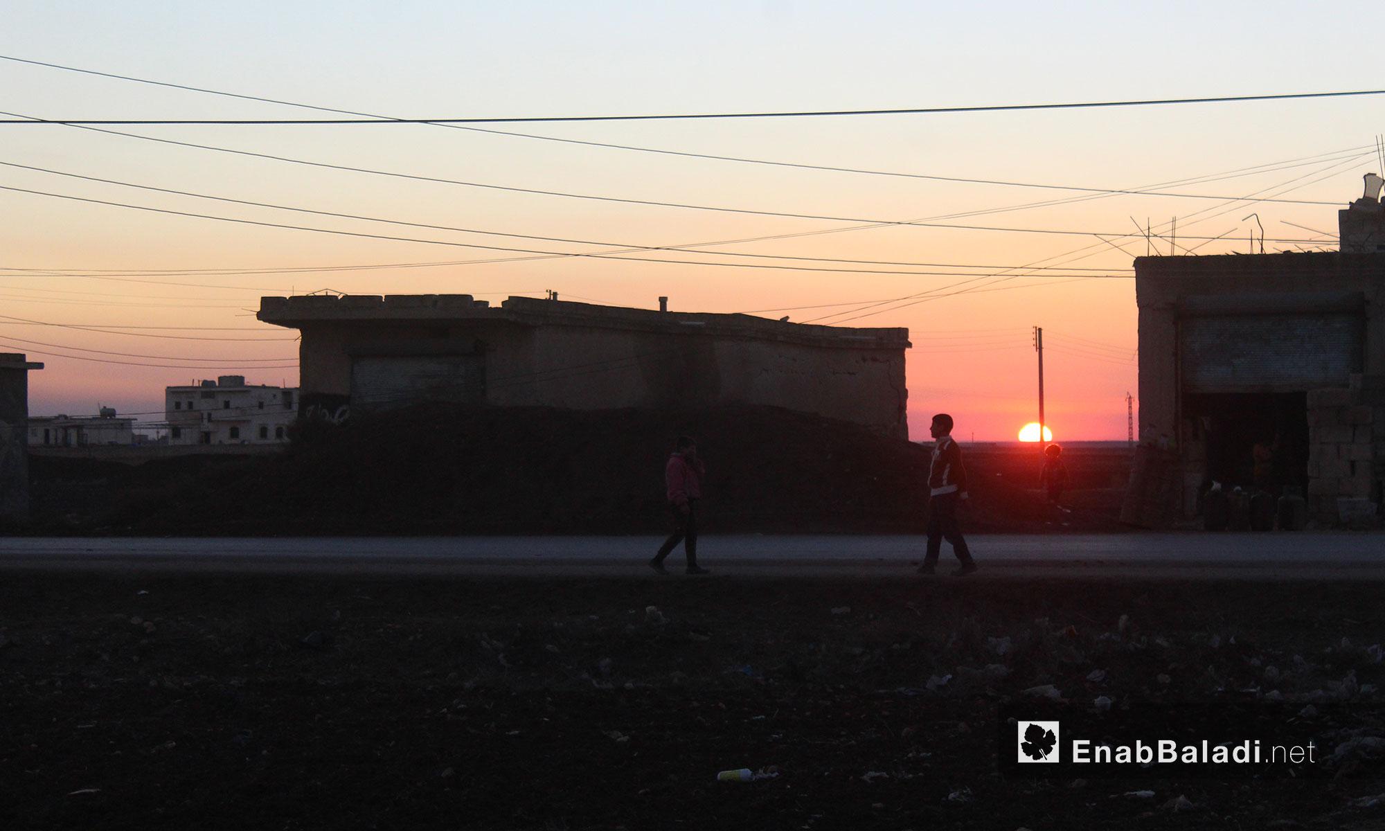لحظات الغروب في ريف حلب الشمالي - 6 كانون الأول 2016 (عنب بلدي)