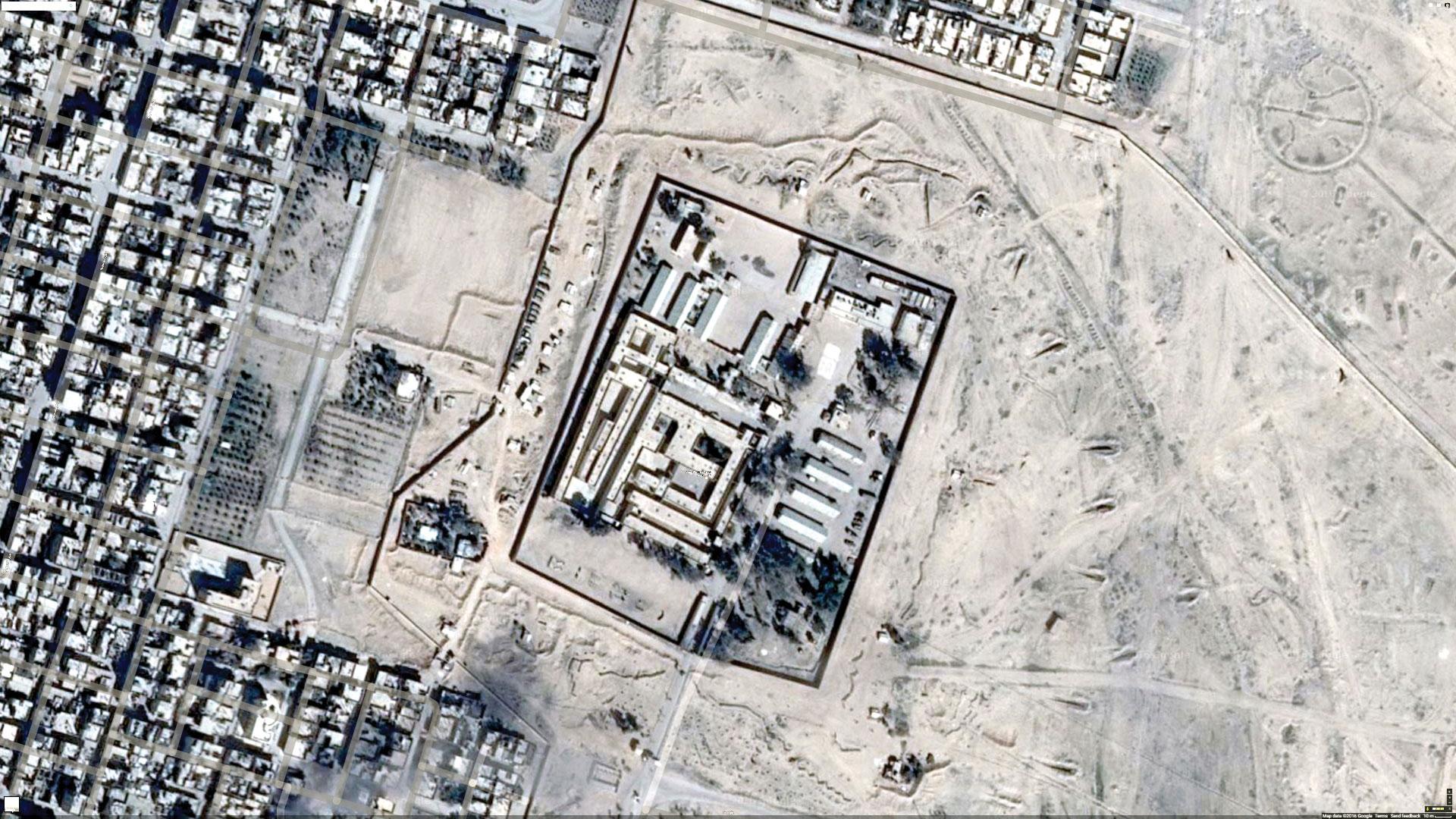 لقطة جوية لسجن تدمر الصحراوي