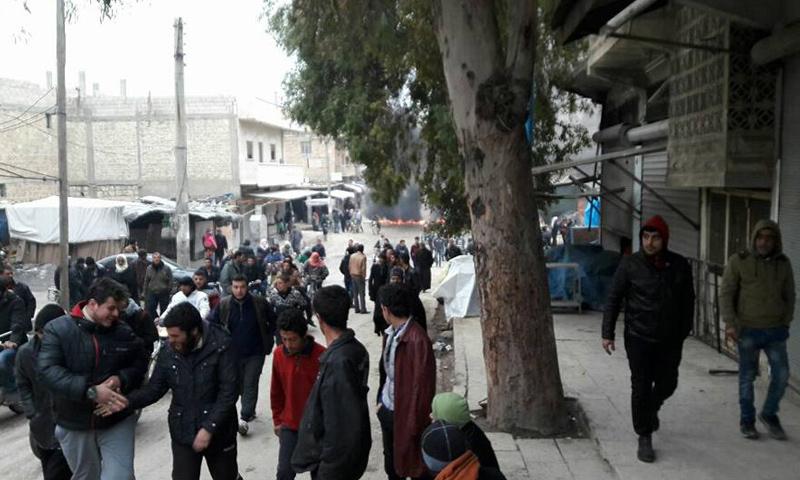 مظاهرات في مدينة جرابلس تطالب بخروج الفصائل_(مركز جرابلس الإعلامي)