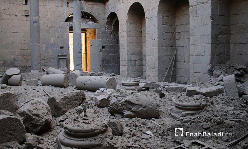 جانب من الدمار الذي لحق بآثار بصرى الشام نتيجة قصف قوات الأسد- الأربعاء 7 كانون الأول (عنب بلدي)