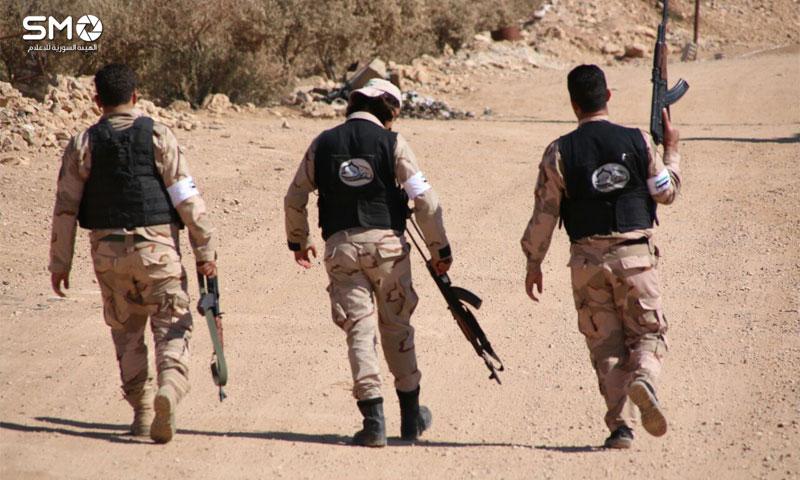 مقاتلون في الجبهة الجنوبية التابعة للجيش الحر في درعا - 24 تشرين الأول 2016 (الهيئة السورية للإعلام)