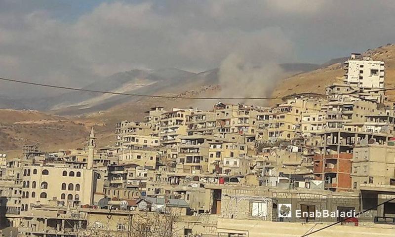 استهداف بلدة مضايا بالصواريخ- الأربعاء 7 كانون الأول (عنب بلدي)