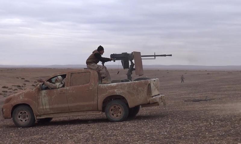 جانب من المعارك الدائرة في ريف حمص الشرقي_9 كانون الأول_(وكالة أعماق)