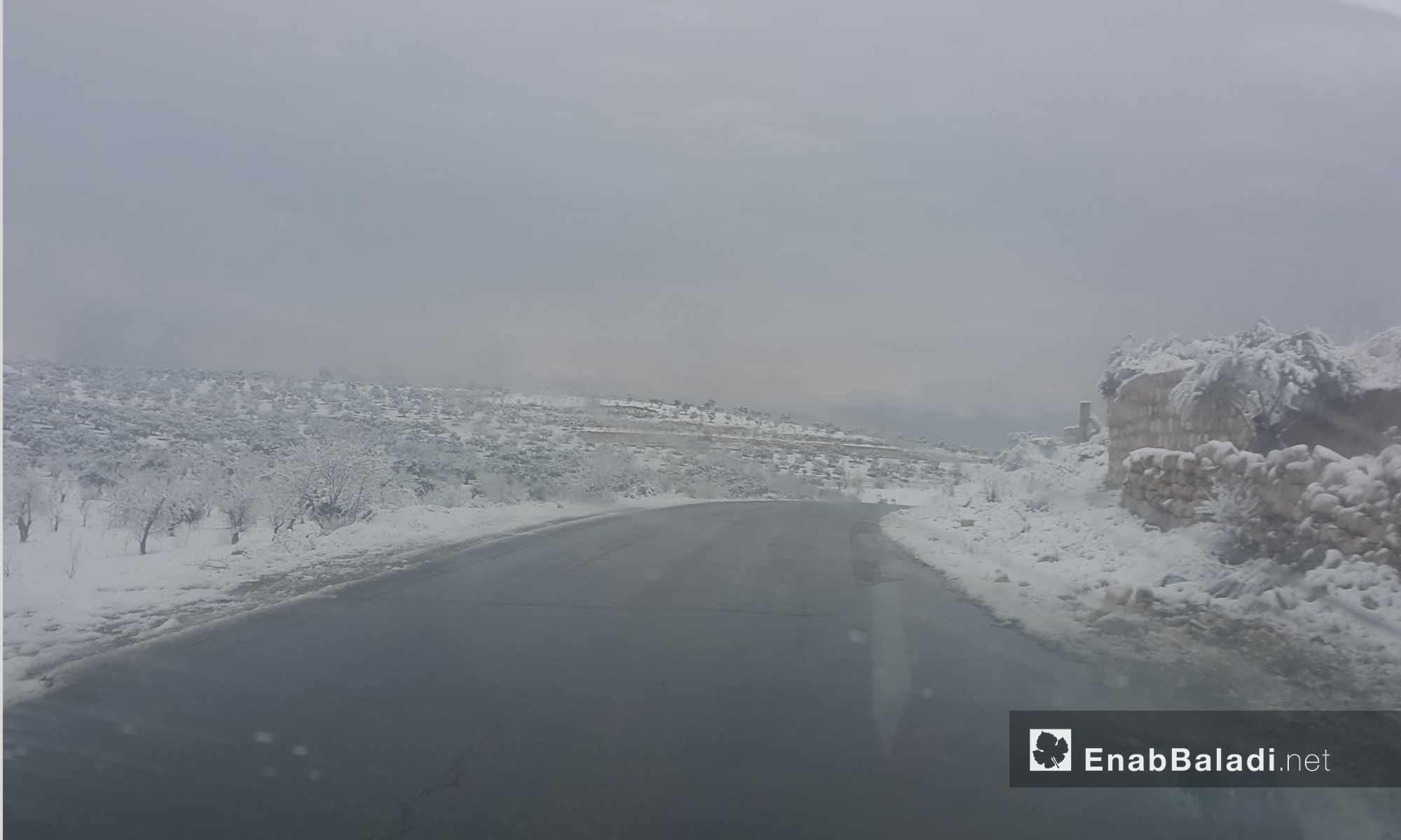 الثلوج في ريف إدلب_15 كانون الأول 2016_(عنب بلدي)