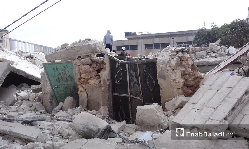 آثار القصف الروسي على مدينة إدلب_5 كانون الأول_(عنب بلدي)