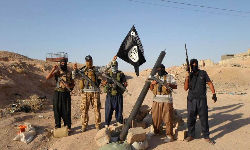 عناصر من تنظيم الدولة في سوريا_(انترنت)