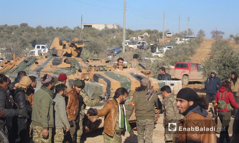 """عناصر من """"الجيش الحر"""" في محيط مدينة الباب- الاثنين 19 كانون الأول (عنب بلدي)"""