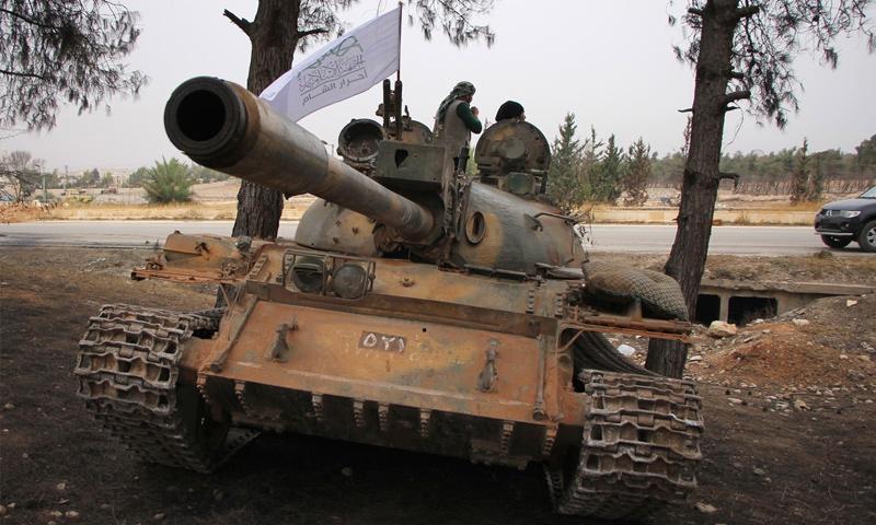 دبابة تابعة لحركة أحرار الشام الإسلامية في ريف حلب الغربي - تشرين الأول 2016 (AFP)