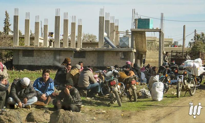 أهالي حوض اليرموك على حاجز بلدة تسيل بريف درعا_(نبأ)