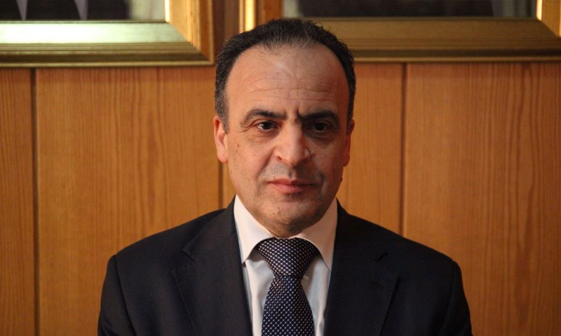 رئيس حكومة النظام السوري عماد خميس (AFP)