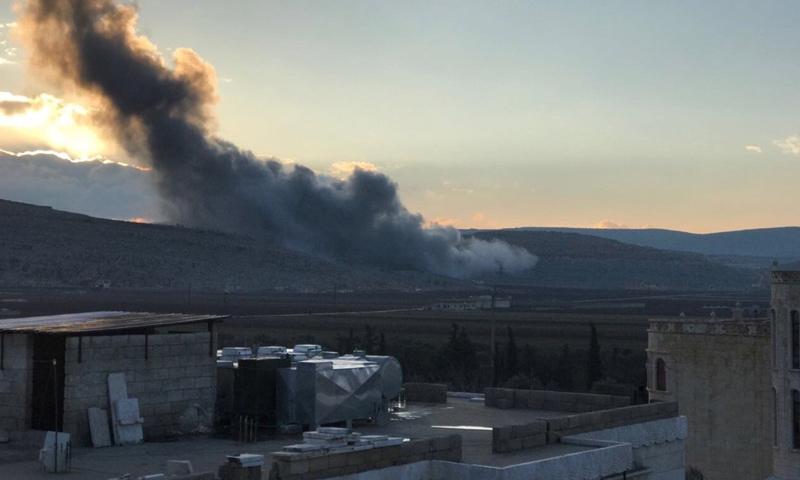 الغارات على أطراف سرمدا في ريف إدلب - 3 كانون الثاني 2017 (فيس بوك)