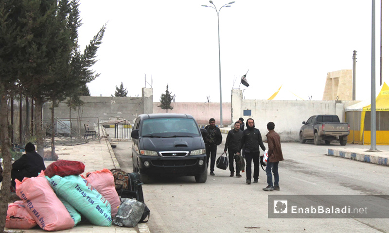 لاجئون سوريون يعودون إلى جرابلس - كانون الأول 2016 (عنب بلدي)