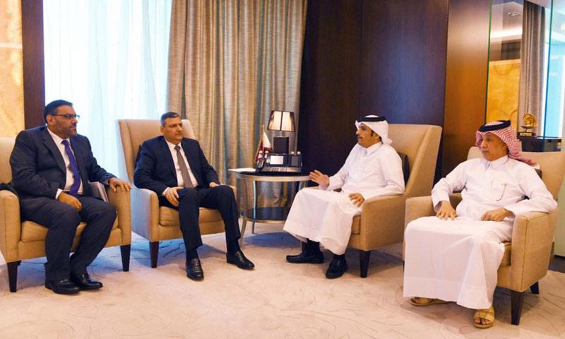 لقاء وزير الخارجية القطري مع وفد من المعارضة السورية في الدوحة- الأربعاء 4 كانون الثاني (الائتلاف)