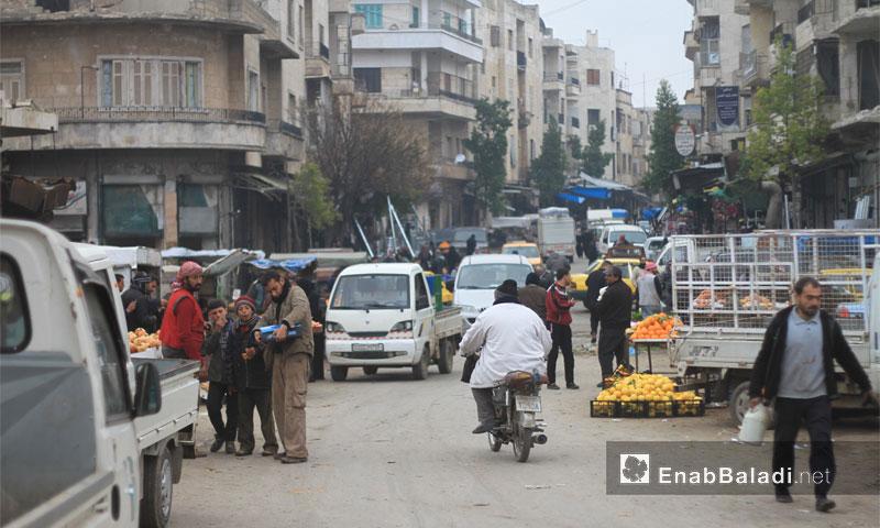 سوق الخضار في مدينة إدلب - كانون الثاني 2017 (عنب بلدي