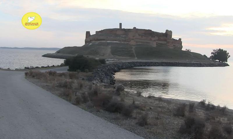 قعلة جعبر على الضفة الشرقية من نهر الفرات_6 كانون الثاني_(قسد)