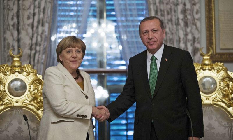 المستشارة الألمانية أنجيلا ميركل في زيارة سابقة إلى تركيا - (انترنت)