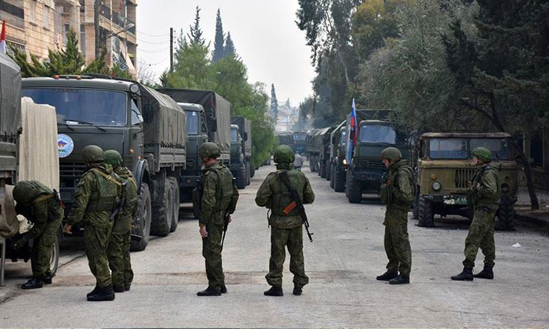 جنود وشاحنات روسية داخل مدينة حلب- الأحد 4 كانون الأول 2016 (سانا)