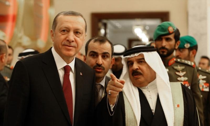 الرئيس التركي رجب طيب أردوغان مع ملك البحرين_12 شباط_(الأناضول)