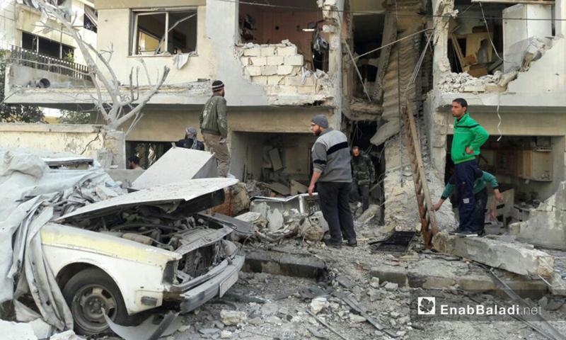 آثار قصف الطائرات الحربية على منازل المدنين في حي الوعر - 10 شباط 2017
