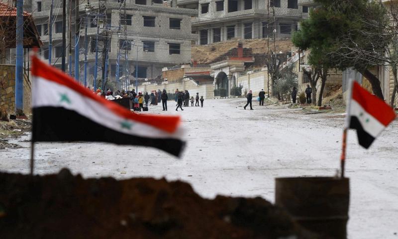 مدخل بلدة مضايا بريف دمشق_كانون الأول 2016_(AFP)