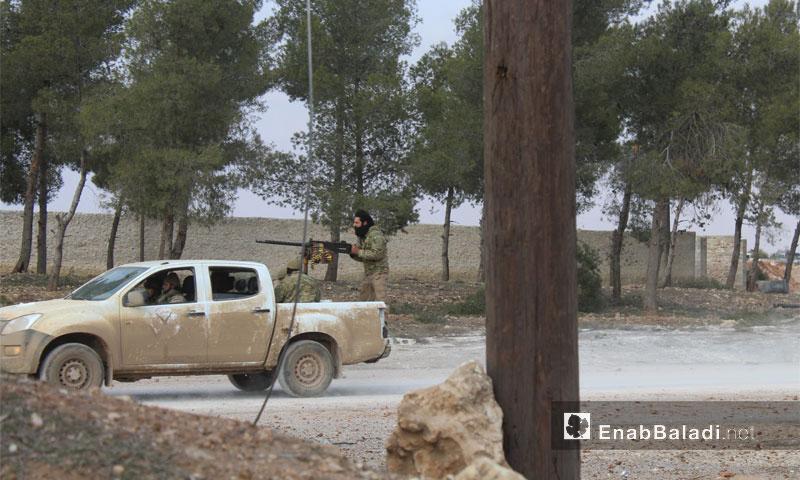 عربة تحمل رشاشًا للجيش الحر قرب بزاعة شمال حلب - 4 شباط 2017 (عنب بلدي)