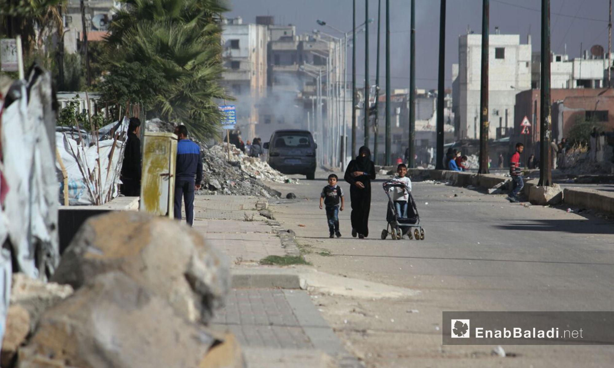 جانب من الحياة اليومية في حي الوعر مدينة حمص - 2 شباط 2017 (عنب بلدي)