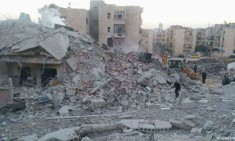 آثار القصف على مدينة إدلب_الثلاثاء 7 شباط_(فيس بوك)