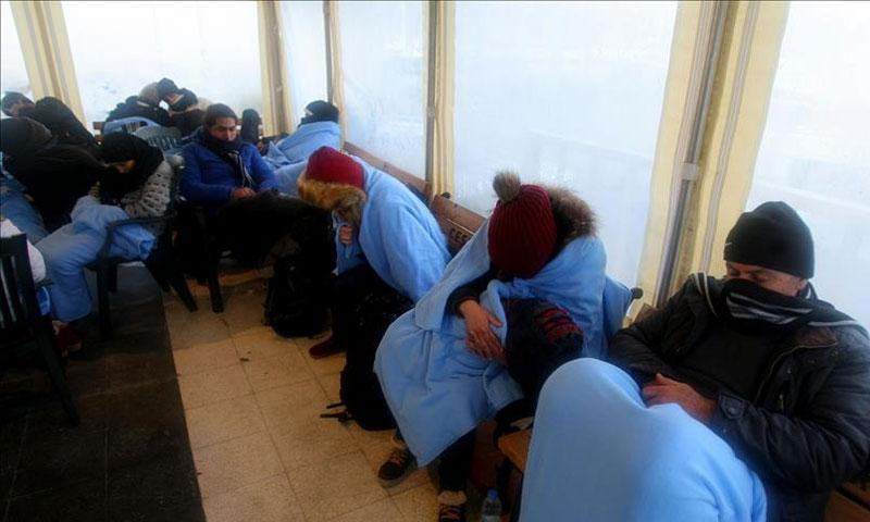 خفر السواحل التركي يضبط 23 مهاجرًا غير شرعي محاولين العبور إلى اليونان - الخميس 2 شباط - (الأناضول)