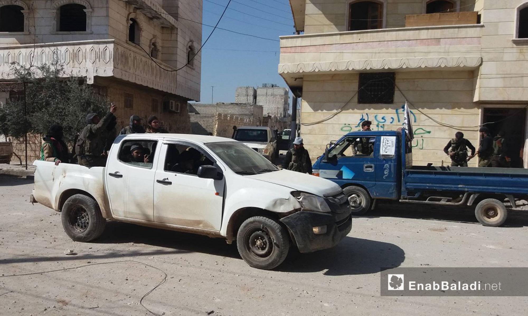 """سيارة لـ """"الجيش السوري الحر"""" في مدينة الباب - 23 شباط 2017 (عنب بلدي)"""