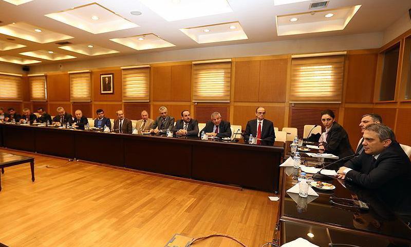 اجتماع الخارجية التركية مع المعارضة السورية_3 شباط_(الأناضول)