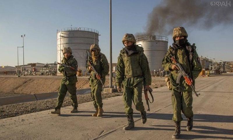 """جنود من وحدة """"صيادو داعش"""" كما نشرتها مواقع روسية – شباط 2017"""