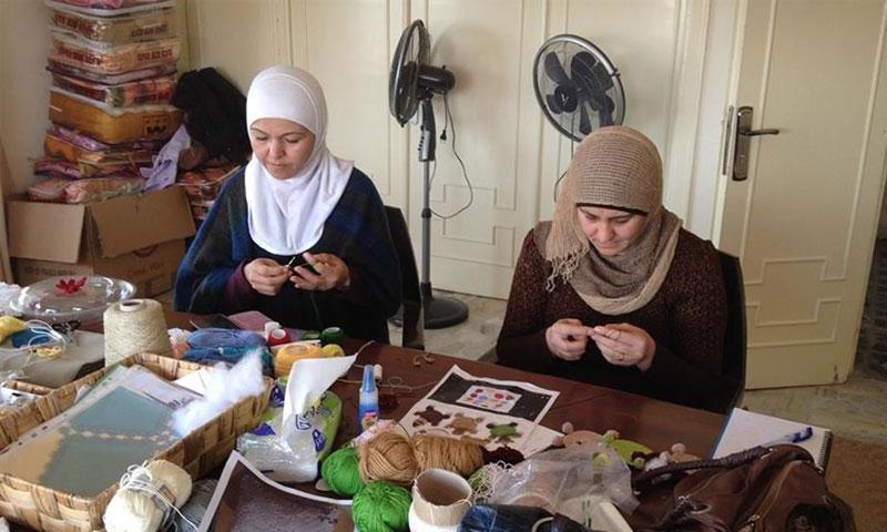 قرار جديد يضمن حقوق العاملات السوريات - (انترنت)