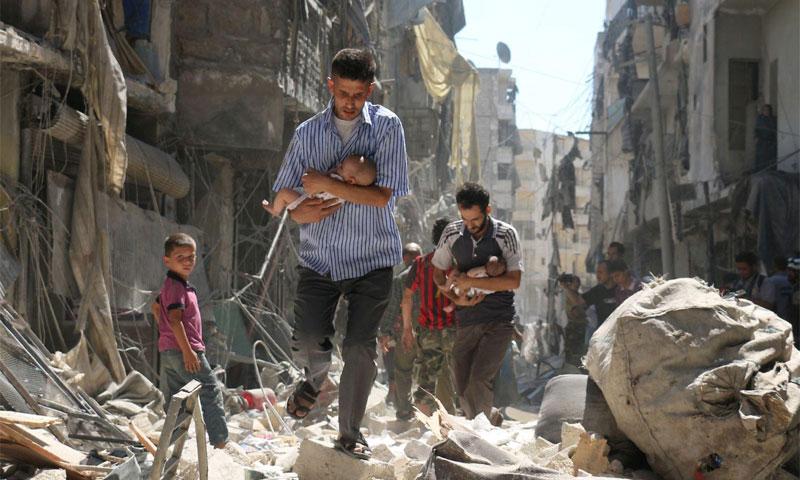 الصورة التي التقطها السوري أمير الحلبي في حي الصالحين - 11 إيلول 2016 - (فرانس بريس)