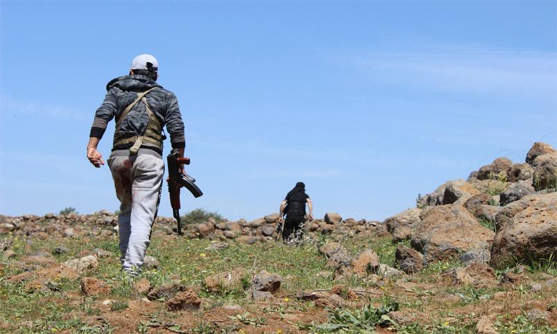 """تعبيرية: عناصر من """"الجيش الحر"""" في ريف درعا (إنترنت)"""