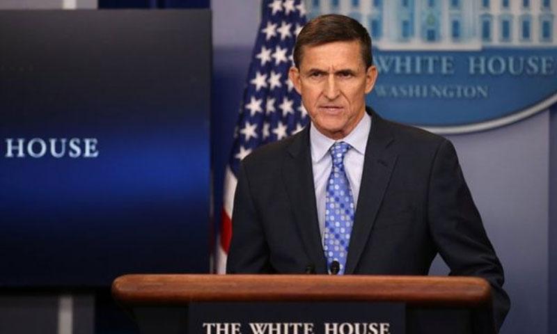 """مستشار الأمن القومي الأمريكي """"مايك فلين"""" في مؤتمر صحفي للبيت الأبيض - الخميس 2 شباط - (رويترز)"""