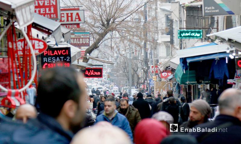 شارع فوزي باشا في اسطنبول بالقرب من مسجد السلطان محمد الفاتح - 9 شباط 2017 (عنب بلدي)