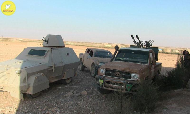 """آليات تابعة لقوات """"قسد"""" في ريف الرقة الشمالي (فيس بوك)"""