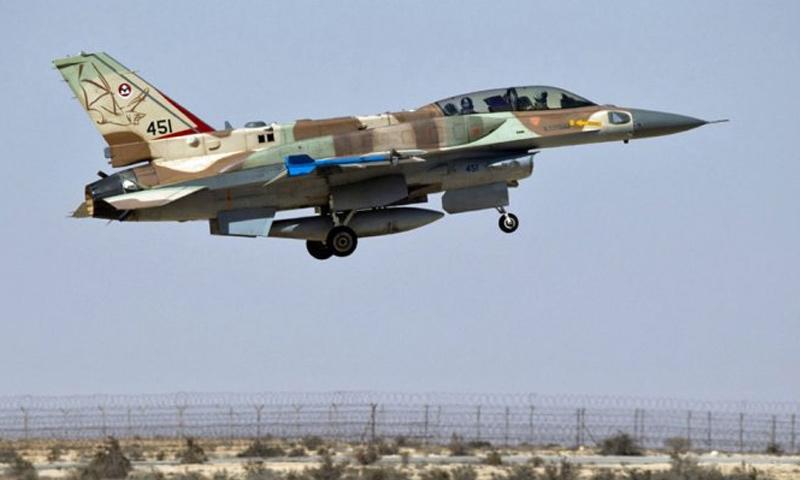 طائرة حربية من نوع F16 تابعة لسلاح الجو الإسرائيلي - (انترنت)