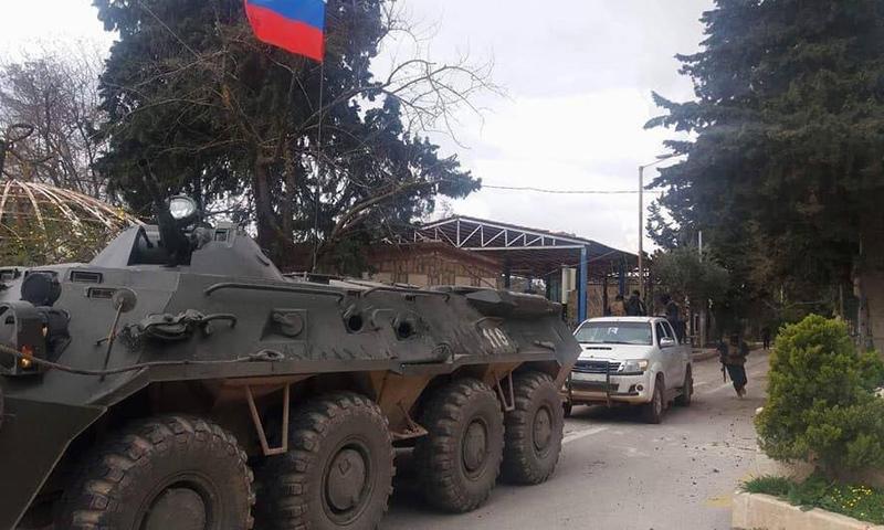 عربة مصفحة تابعة للقوات الروسية أثناء دخولها في عفرين - 20 آذار - (فيس بوك)