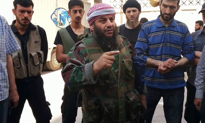 """الشيخ سمير كعكة المسؤول الشرعي في """"جيش الإسلام"""" (تويتر)"""
