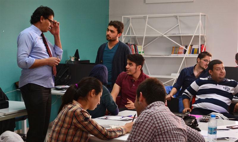 طلاب سوريون في جامعة غازي عنتاب التركية (إنترنت)
