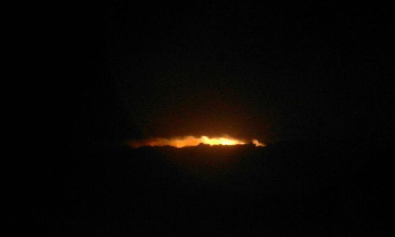 قصف جوي بقنابل النابالم على مدينة اللطامنة في ريف حماة الشمالي- السبت 25 آذار (فيس بوك)