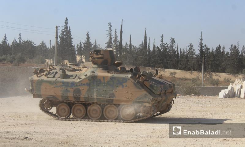 """مدرعة تابعة لـ """"الجيش الحر"""" داخل مدينة الباب- 23 شباط (عنب بلدي)"""
