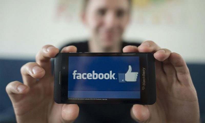 """""""فيس بوك"""" تحارب الانتحار عبر ميزة البث المباشر - (انترنت)"""
